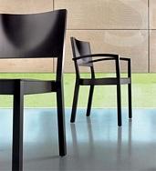 Kantinenstühle S13 aus Holz, optional mit Armlehnen