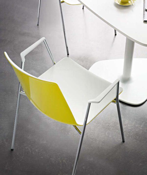 Kantinenstühle nooi Kunststoffschale leicht robust Stapelstuhl stapelbar pflegeleicht