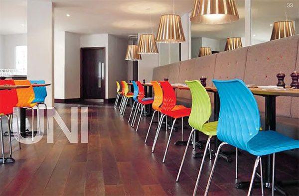 Kantinenstühle uni Kunststoffschale bunt stabil stapelbar ergonomisch Kantineneinrichtung