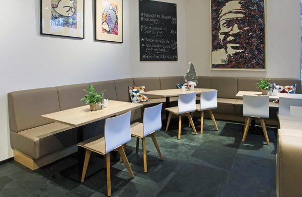 ergonomischer Schalenstuhl Anne Lotte, Massivholz, Kantinenstuhl mit Sitzpolster
