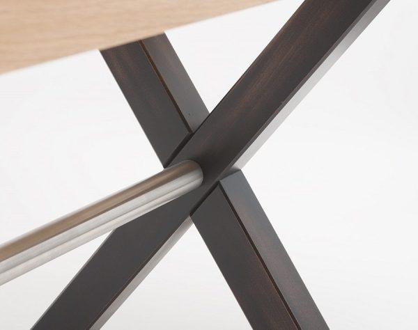 Kantinentische mit Holzgestell in X Form Kreuzfuss Kantinenmoebel robust